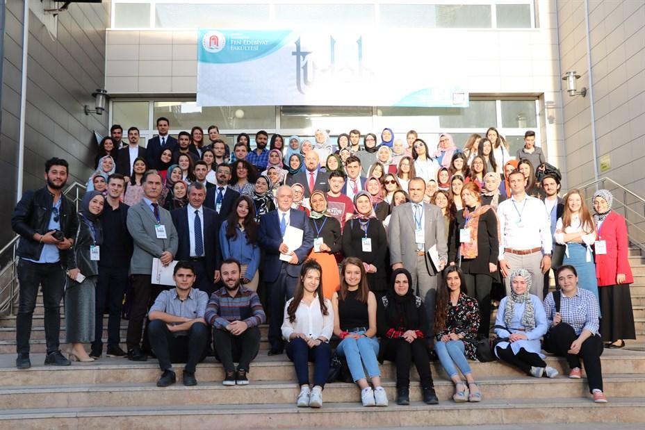 Türk Dili ve Edebiyatı Öğrenci Bilim Şöleni 006
