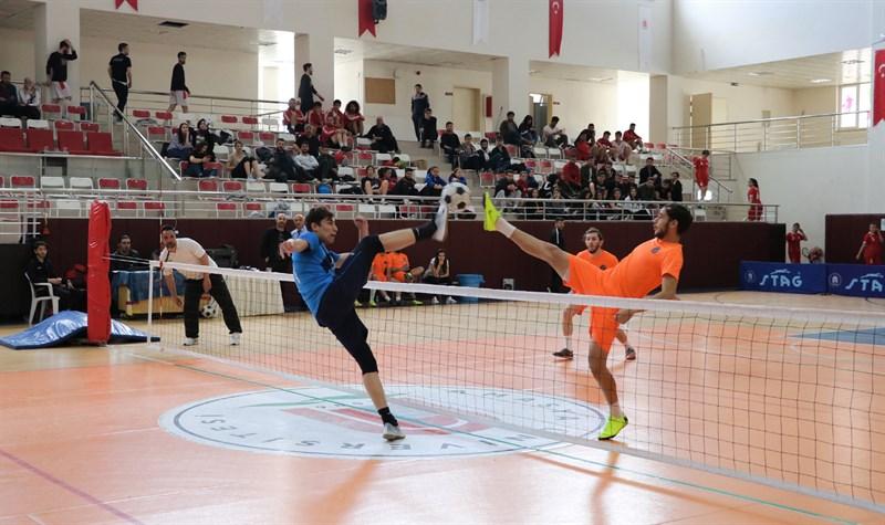 Türkiye Üniversiteler Arası Ayak Tenisi Şampiyonası Başladı 04
