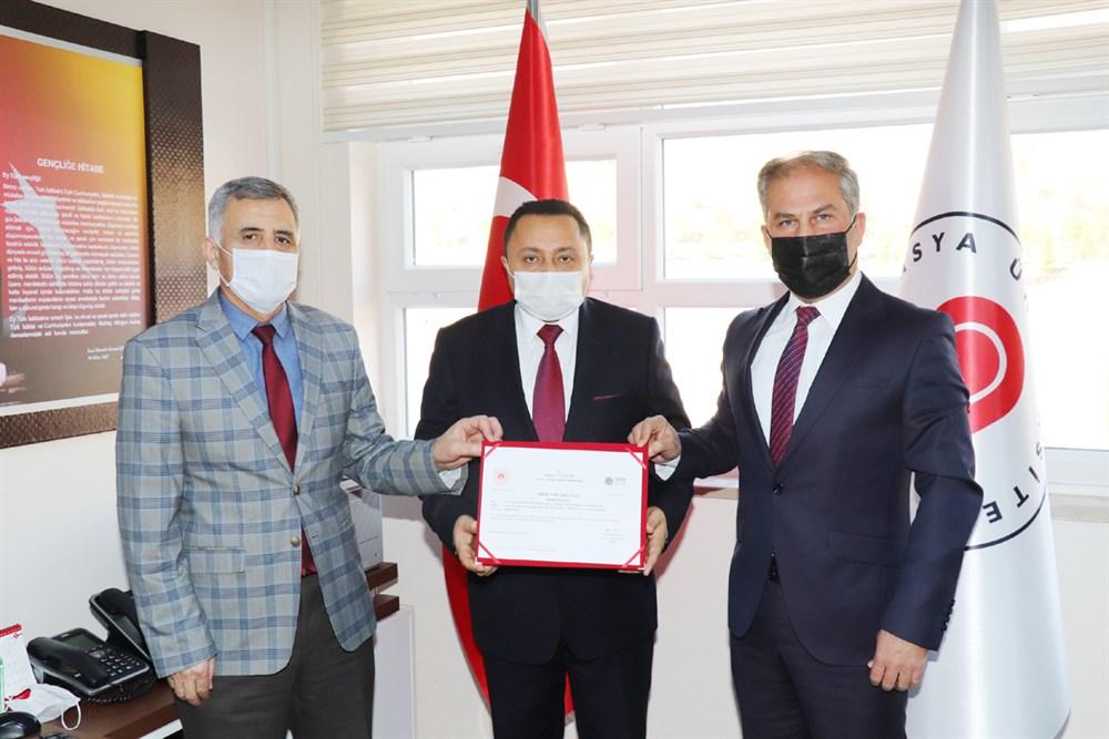 Taşova Yüksek Akın Meslek Yüksekokulu Sıfır Atık Yetki Belgesi Aldı